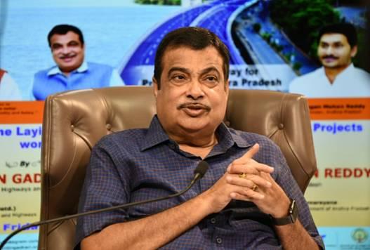 NitinGadkari inaugurates, lays foundation stones for16 NH projects in Andhra Pradesh