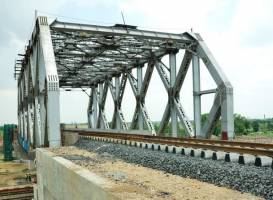 Materials trending for bridge construction