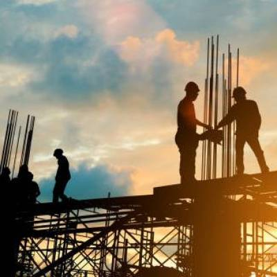 About 483 infrastructure projects of Rs 150 cr each show cost overruns