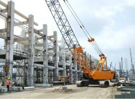 Who's using mobile cranes to handle materials?